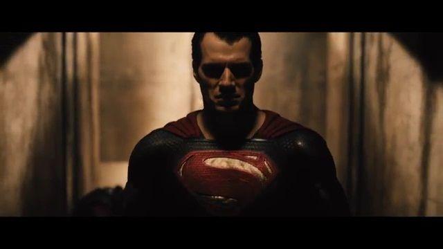 Nuevo teaser de 'Batman vs Superman' con el cara a cara