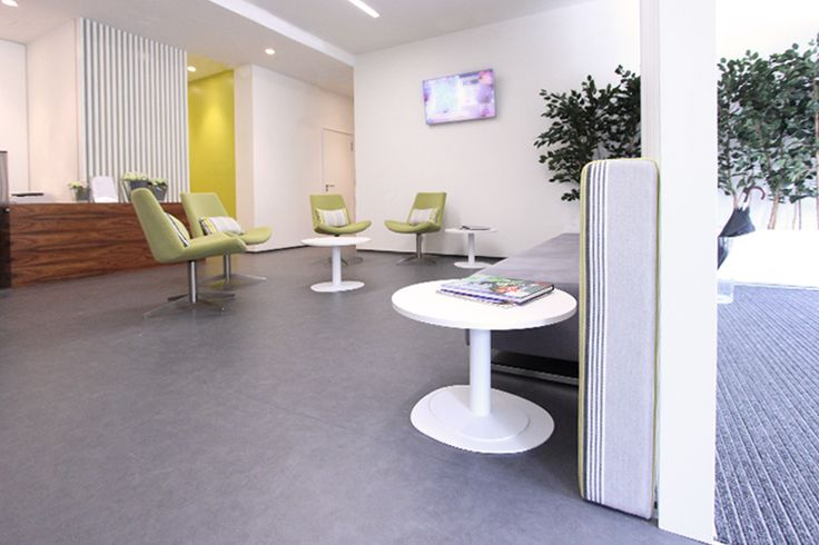 white lacquered slatted | dental clinic | green&grey | green armchairs