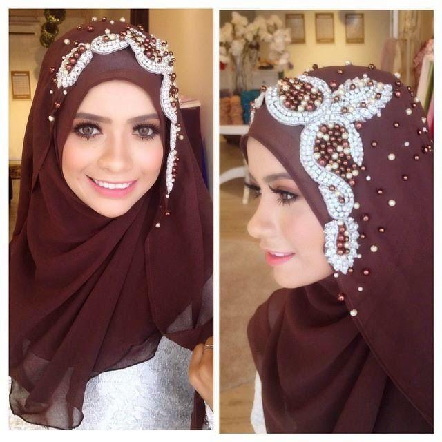Wedding Hijab #darkbrown #muslimwedding http://weddinghijab.blogspot.com/2015/02/set-qisha-daun-dark-brown-beads-white.html