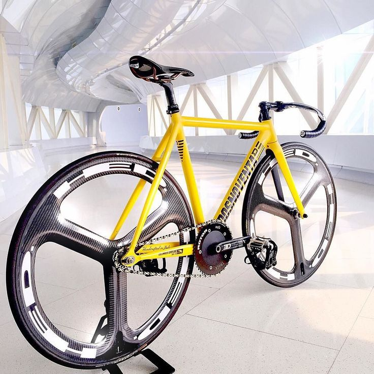 Velo Love : Photo Beautiful Dosnoventa, I'd lose the hed wheels tho ☺na