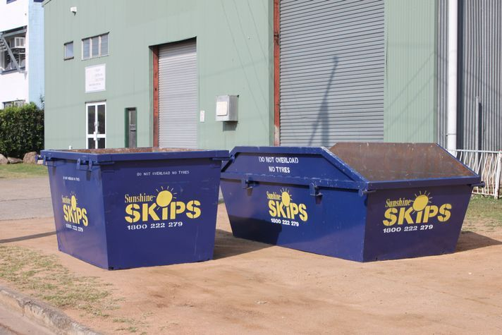 You Have Decided to Use a Skip Bin, But Now What? - http://www.sunshineskips.com.au/up-pick-trash-heavy-truck-containers-haulers-rental-container-pickup-bulk-hauling/