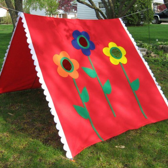 Love the colors...reaaally want to make a teepee for the kiddos for christmas