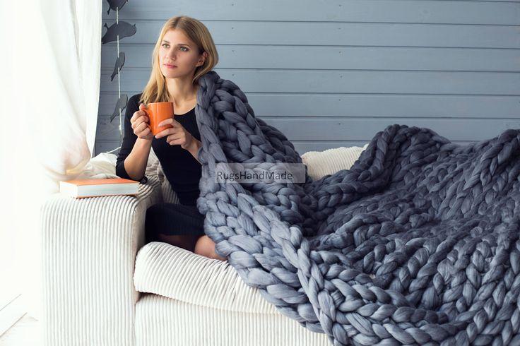 super chunky blanket, chunky knit blanket. super bulky blanket.Cable Knit throw, Chunky Knit Throw,Arm Knit blanket,Giant Knit blanket by Woolaty on Etsy https://www.etsy.com/listing/499117294/super-chunky-blanket-chunky-knit-blanket