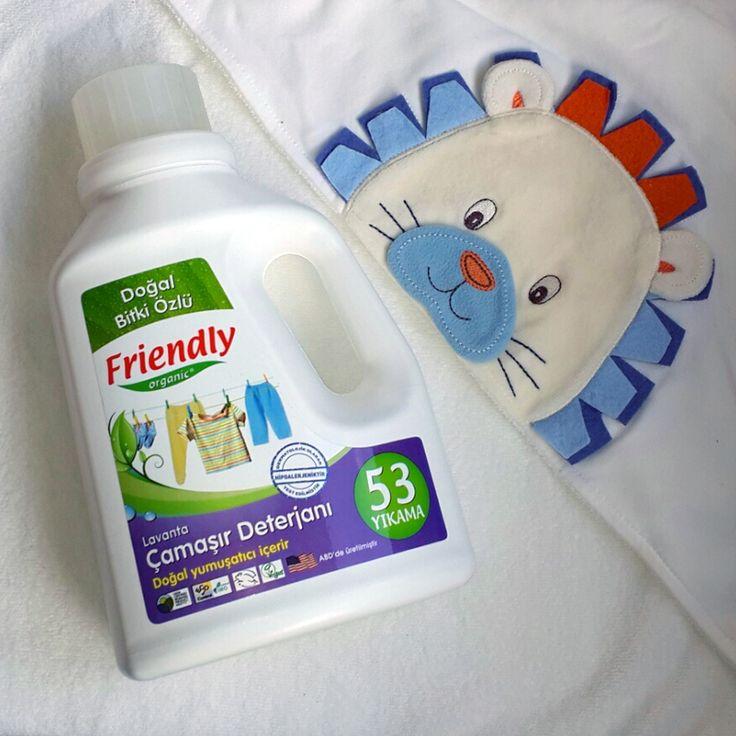 Lavantanın ferahlatıcı etkisini bebek kıyafetlerine taşımanın en sağlıklı yolu! - Friendly Organic Lavantalı Çamaşır Deterjanı