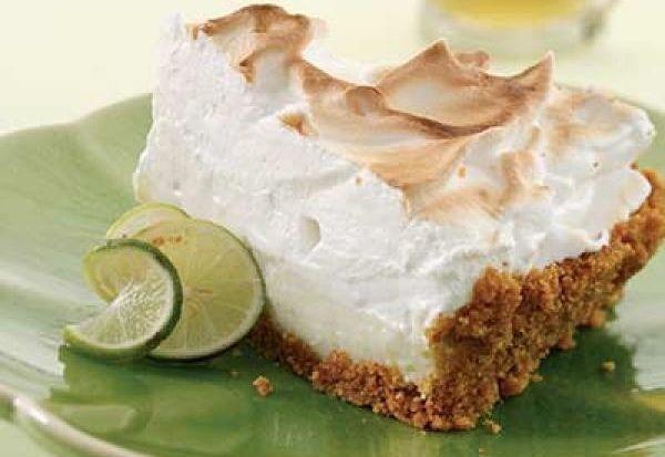 Dit recept beschrijft hoe je een limoentaart met meringue maakt.