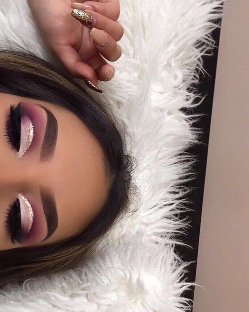 girl, makeup, and fashion image - pink ombre cut crease