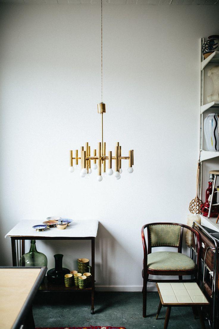 Zu Besuch bei Etsy Verkäuferin Katrin, welche Vintage-Möbel & Dekoration in ihrem Shop verkauft. Ihr Zuhause ist modern & Vintage zugleich. Zu finden auf Etsy.
