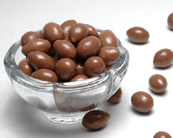How to make sugar-free chocolate covered nuts   Always Foodie Use coconut oil to veganize