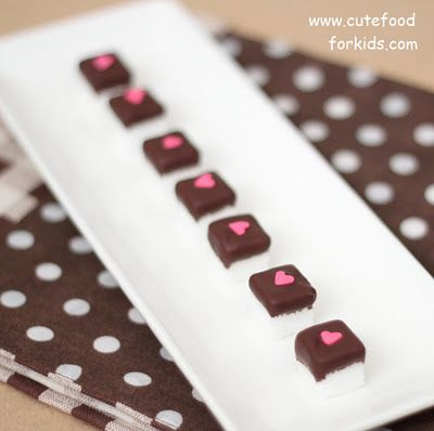 Chocolate Dipped Sugar Cubes for Coffee (cute for any time of the year): Sweet, For Kids, Sugar Cubes, Cute Ideas, Chocolates Dips Sugar, Chocolates Covers, Chocolate Dipped, Covers Sugar, Teas Parties