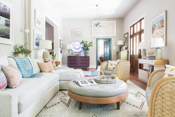 This Colorful Charleston Cottage Just Oozes Southern Charm Interior Design Styles Home Decor Styles Southern