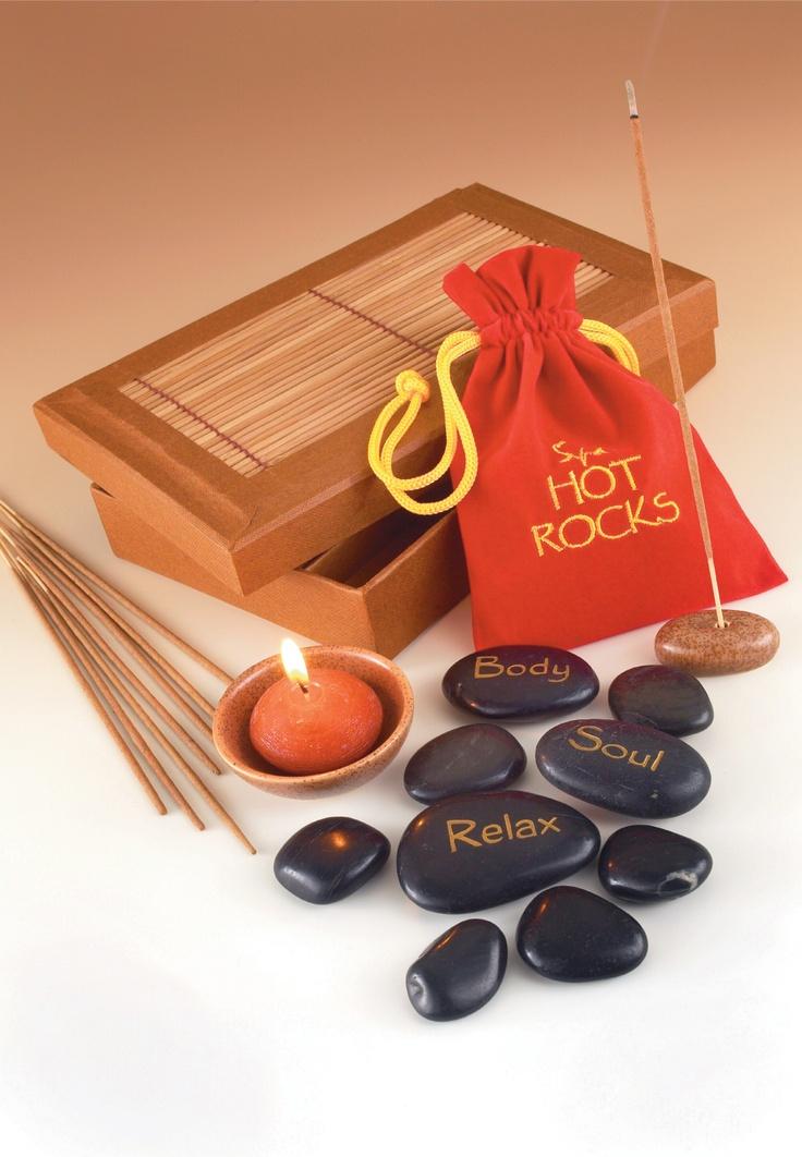 Das Hot Stone Massage Set beinhaltet alles, was deine Mama zum Entspannen braucht. http://www.megagadgets.de/hot-stone-massage-set.html