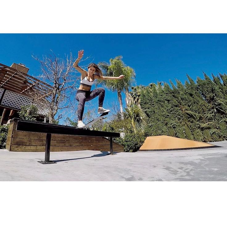 """47k Likes, 142 Comments - Leticia Bufoni (@leticiabufoni) on Instagram: """"Fs Nosegrind  @gopro #goprosession"""""""
