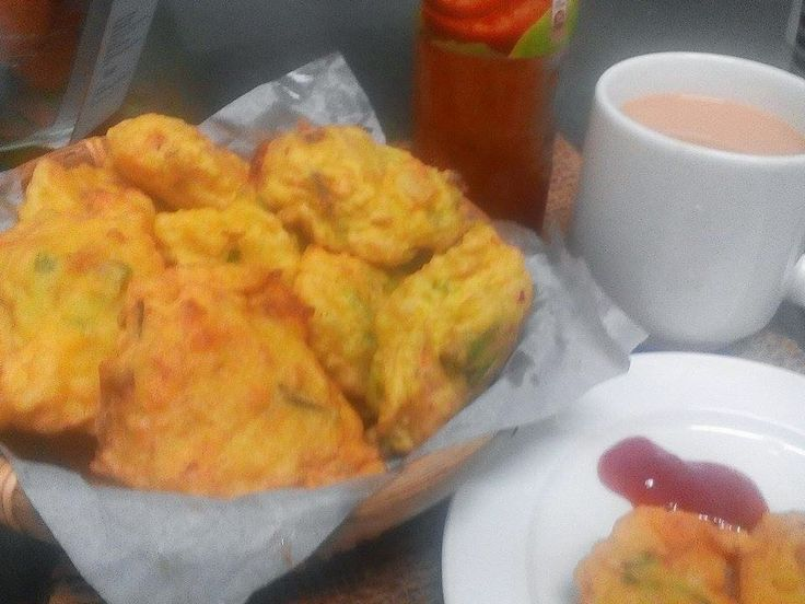 PATY'SKITCHEN: BREAD FRITTERS / CUCUR ROTI