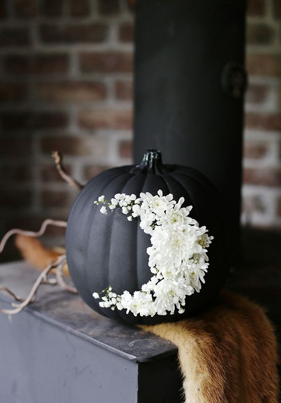 Floral pumpkin... Is it weird I super love this? I would do a white or silver paint job on the pumpkin tho