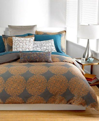 Get information on bar iii graffiti dot 230t king for Bedroom furniture 77584
