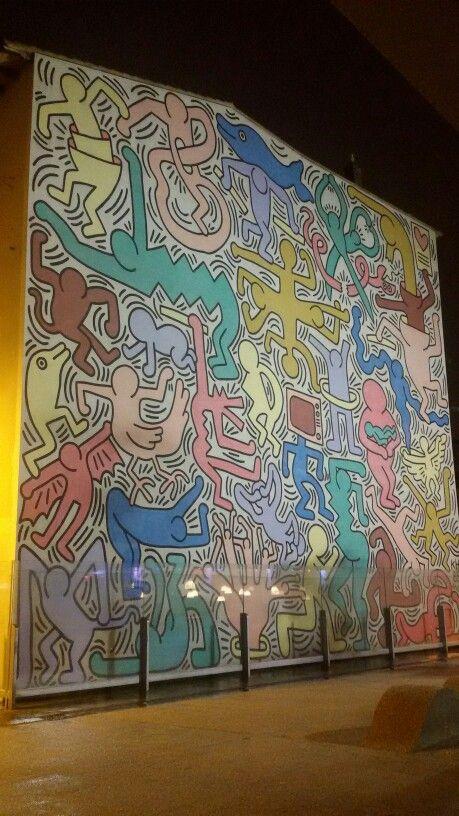 "Murales di Keith Haring ""Tuttomondo"" in Pisa, Toscana"