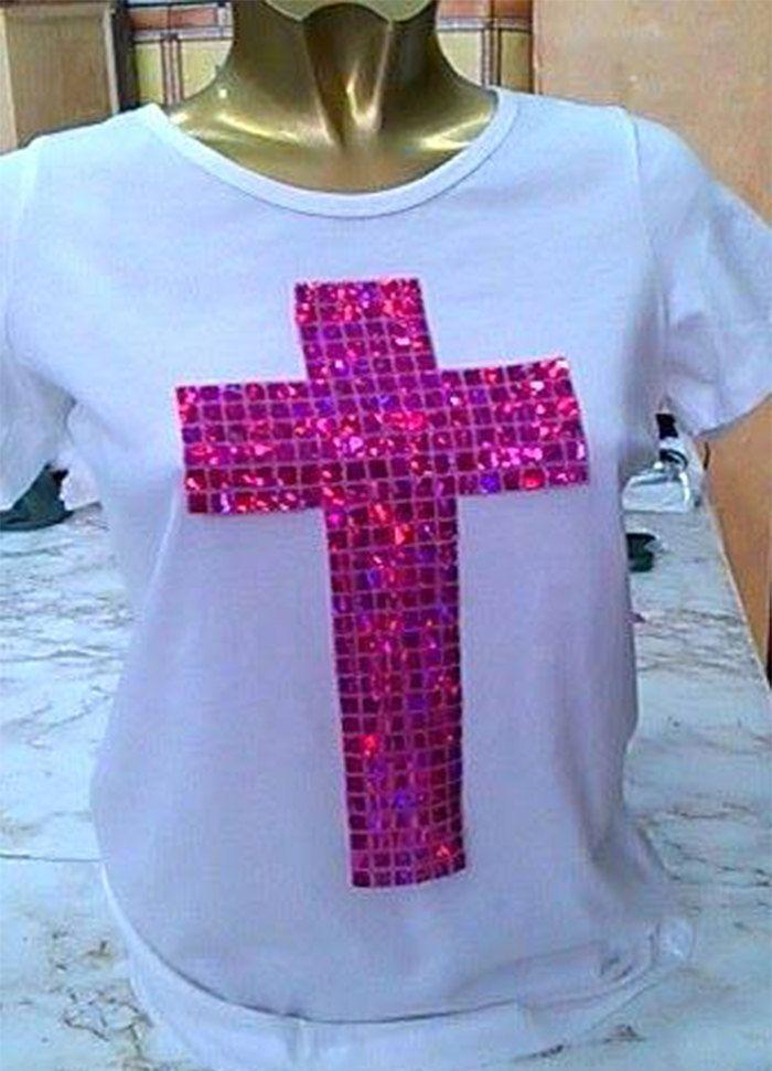 T-shirt di Vajze su Etsy