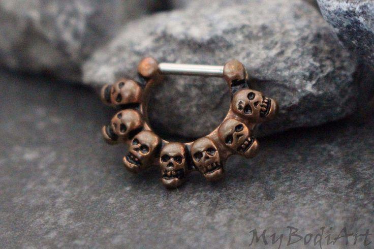 Skull Septum Clicker in Wooden Copper