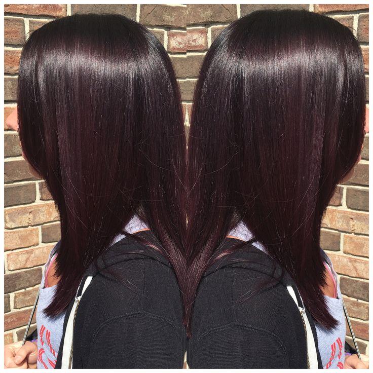 Dark plum hair? Yes please! By Seanie at Pin-Up Curls