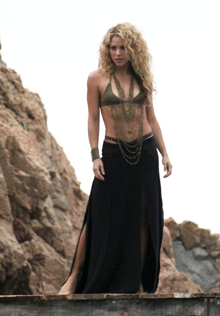 These Photos of Shakira's Amazing Body Will Definitely Make You Want Her New Fragrance