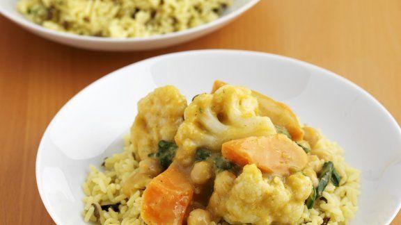 Indisches Curry-Gemüse mit Reis |