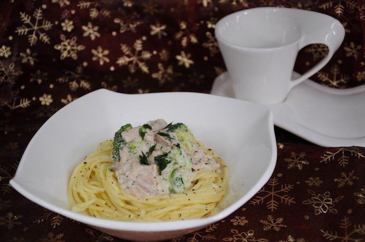 Spaghetti z tuńczykiem i brokułami