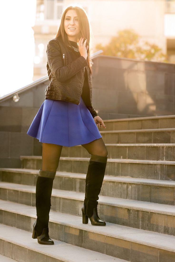www.miu-miu.ro blue pleated mini skirt, blue, royal, blue, jacket, zara, sheinside, bershka, over the knee boots, necklace