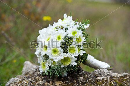Όμορφο Γαμήλιο Μπουκέτο Από Λουλούδια Της Νυφική Ανθοδέσμη απόθεμα εικόνες - AzImage.com
