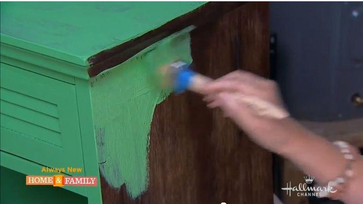 Mal dine møbler i fede farver - uden at slibe først. Genialt koncept! | Millemajshop.dk