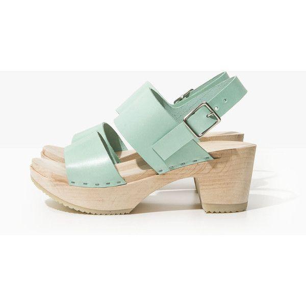 CLOG SANDAL OASIS (1,360 HKD) ❤ liked on Polyvore featuring shoes, sandals, clog shoes, clogs sandals and clogs footwear