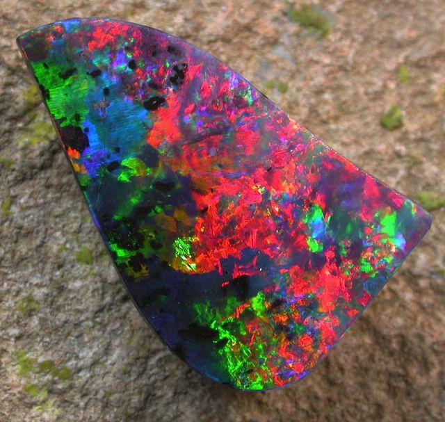 TOP COLLECTOR STONE 32.40 CTS ❦ CRYSTALS ❦ semi precious stones ❦ Kristall  ❦ Minerals ❦   Cristales ❦