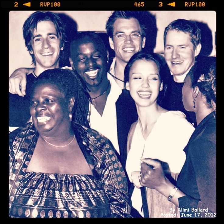 Michael Weatherly with Dark Angel cast