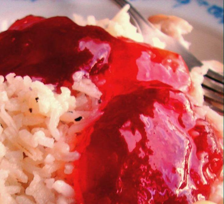 Herkkusuun lautasella-Ruokablogi: Mausteinen pihlajanmarjahyytelö