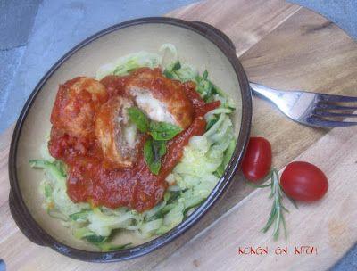 Koken en Kitch: Veggie pasta van courgette met balletjes in tomate...