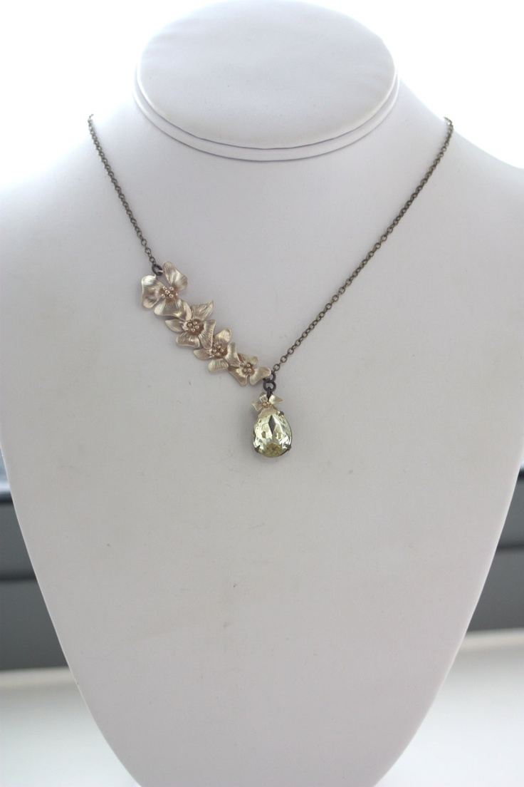 A Cascading Orchid Flower, Yellow Jonquil Glass Jewel Vintage Style Necklace.