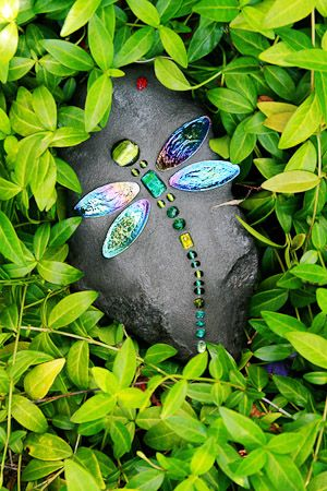 DragonFly Rocks ~ The perfect way to show your love for bling in the garden. :)