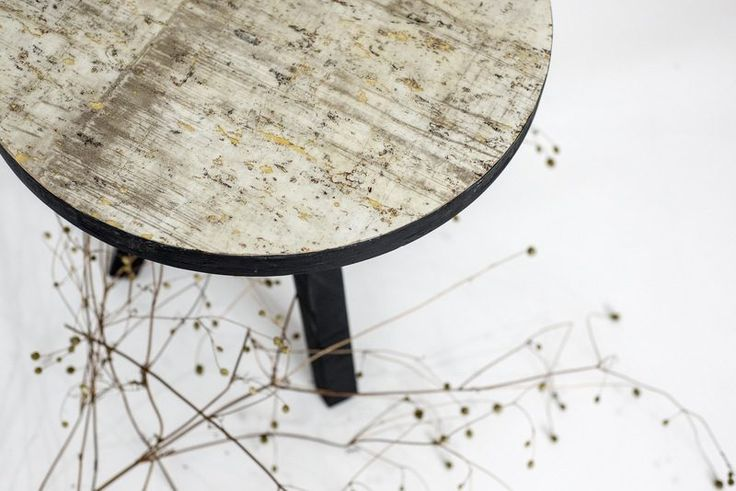 Detail - Elements coffee table/Modern coffee table - gold and cement look, epoxy resin Masa de cafea moderna - aur si ciment,