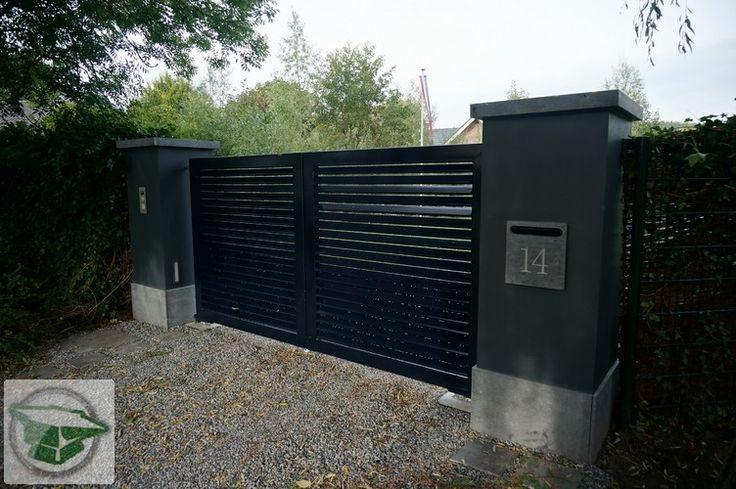 Prefab toegangspoorten van siersmederij beentjes bv uit Alkmaar, poort , hekwerk, elektrisch hek . www.prefabpoorten.nl