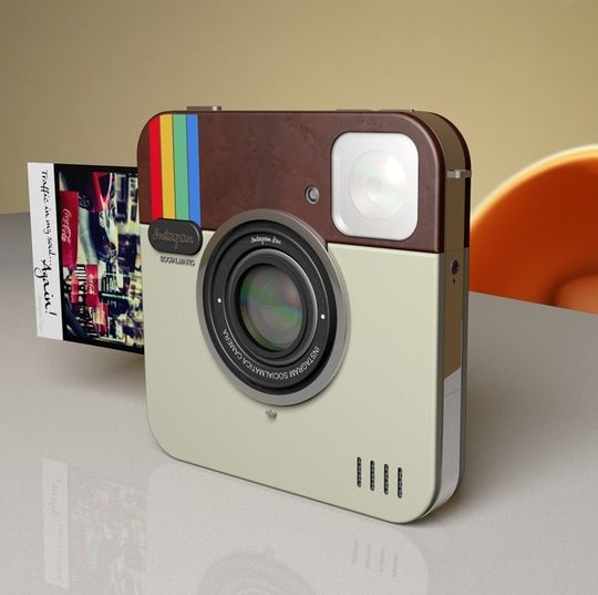 An instagram camera that prints the photos like a poloroid {cute gift idea}Photos, Instagram Cameras, Gadgets, Stuff, Polaroid, Instant Camera, Instagram Socialmatic, Products, Socialmatic Cameras