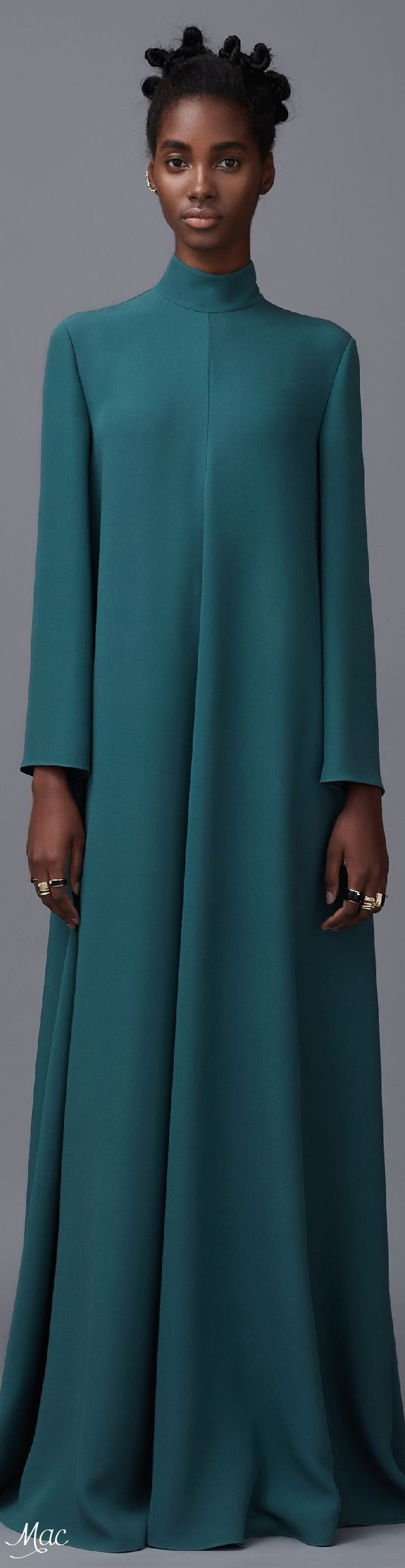 Pre-Fall 2016 Valentino - with pink hijab! Beauty! <3