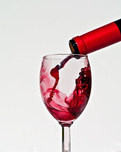 If you want to know whether pregnant women can drink wine, then this page has all the answers. It seems that small amounts is ok, but not everyday of course. http://pregdiets.com/can-pregnant-women-drink-wine.html Spanish Wine