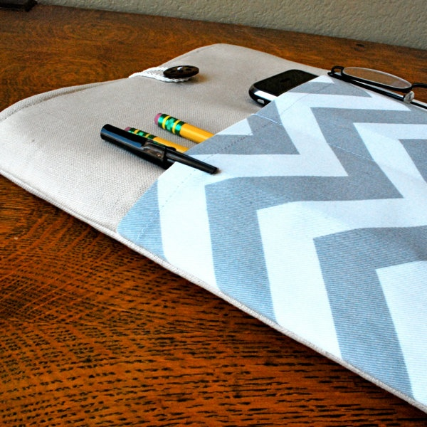 15 inch laptop Macbook Mac book Pro Cover Padded Case Sleeve - Linen with Linen with Grey White Chevron Zig Zag Fabric Pocket. $27.99, via Etsy.