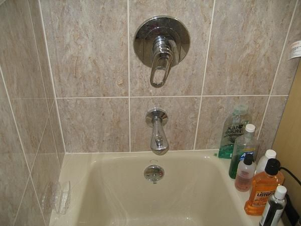 How To Replace Contemporary Bathtub Faucet ~ http://lanewstalk.com/ways-to-conveniently-replace-bathtub-faucet-in-your-home/