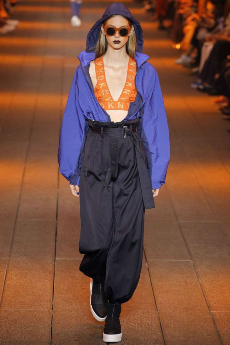 Sport mixed with nonchalant style dominated this season's catwalk - DKNY #ss17