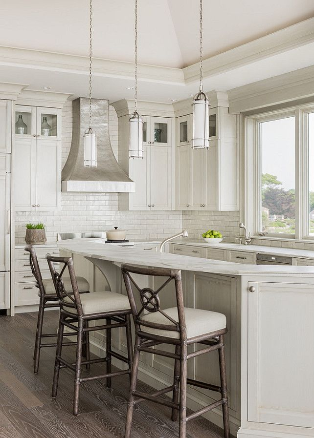 17 best ideas about curved kitchen island on pinterest for Curved kitchen island