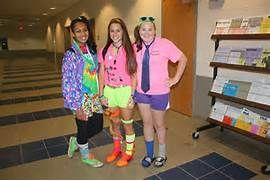 South Lakes Sentinel : Spirit Week begins with Wacky Tacky Day