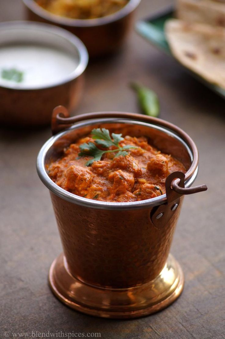 Soya Chunks Gravy #Curry / Meal Maker Curry Recipe with stepwise pictures. Very easy and #healthy Indian #Sidedish  | blendwithspices.com