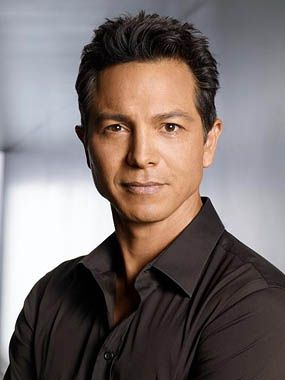 benjamin bratt - Victor Reyes but a bit too young- still what I had in my head though #crossfireseries