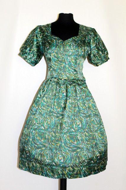 Rochie vintage print abstract verde anii '50 Articole noi pe Vintage Wardrobe http://www.vintagewardrobe.ro/cumpara/rochie-vintage-print-abstract-verde-anii-50-7496185 #vintage #vintageautentic #vintagewardrobe #vintagedresses #green #1950s