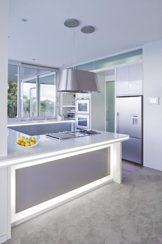 modern u-shaped kitchen